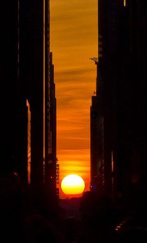 Manhattanhenge photo