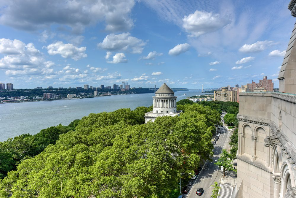 Riverside Park Hudson River Views and Grant's Tomb NYC